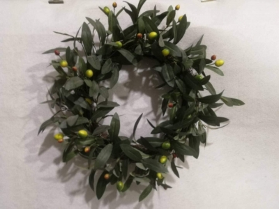 Feilifan Green Leaf Artificial Wreath Eucalyptus Hanger for Festival Celebration Front Door